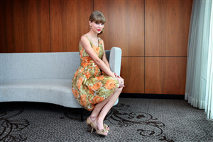 Taylor Swift Beautiful Singer Pic