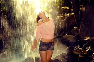 Girl in Rainy Season Monsoon HD Wallpapers