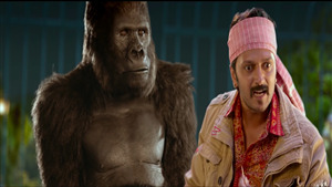 2019 Film Total Dhamaal Funny Photo of Riteish Deshmukh with Chimpanzee