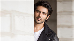 Hindi Film Actor Kartik Aaryan Photo