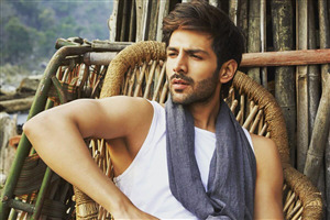 Kartik Aaryan Without Shirt Photo