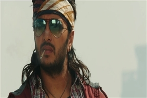 Riteish Deshmukh in Banjo Movie HD Wallpaper