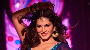 4K Wallpaper of Sunny Leone