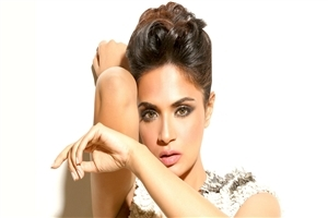 Beautiful Bollywood Actress Richa Chadda HD Wallpapers