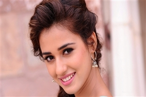 Beautiful Face of Disha Patani 2018 HD Wallpapers