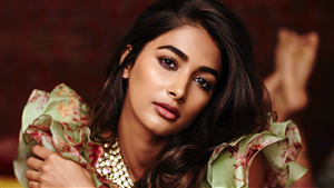 Bollywood Actress Pooja Hegde Beautiful Wallpaper