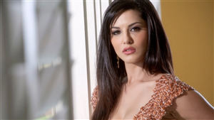 Bollywood Actress Sunny Leone