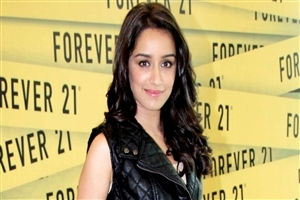 Hindi Film Heroine Shraddha Kapoor Wallpaper
