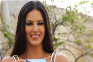 Hindi Movie Heroine Sunny Leone Photo