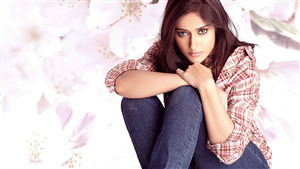 Bollywood Actress Wallpapers Free Download Hd Celebrities Images