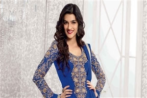 Indian Actress Kriti Sanon Wallpaper