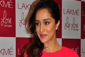 Indian Film Actress Shraddha Kapoor Wallpapers
