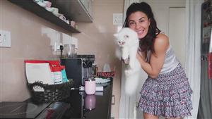 Jacqueline Fernandez with Cat HD Photo