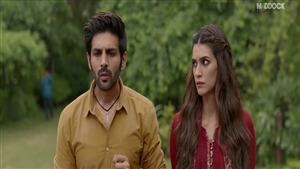 Kartik Aaryan and Kriti Sanon in 2019 Film Luka Chuppi