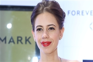 New Bollywood Actress Kalki Koechlin in Red Lips HD Wallpaper