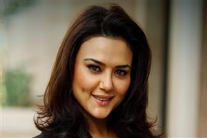 Preity Zinta Cute Smile Background Wallpapers