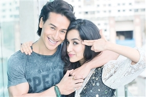 Shraddha Kapoor and Tiger Shroff Bollywood Celebrities Wallpaper