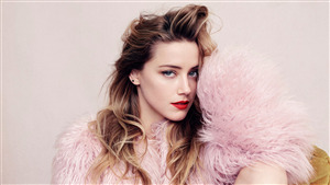 Alluring Actress Amber Heard 4K Wallpaper
