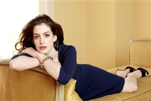 American Actress Celebrity Anne Hathaway HD Wallpaper