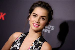 Ana de Armas with Pretty Pink Lips Photo