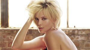 Beautiful Actress Charlize Theron 4K Wallpaper