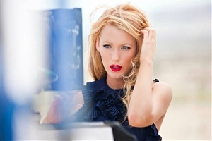 Beautiful Blake Lively Model Celebrity in Red Lips Photo