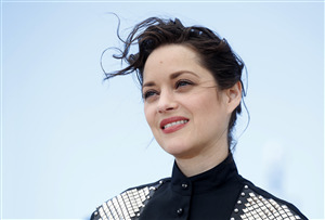 Beautiful Marion Cotillard French Actress Wallpaper