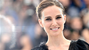 Cute Face CloseUp of Natalie Portman 4K Wallpapers