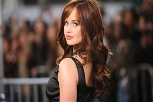 Debby Ryan American Celebrity Wallpaper