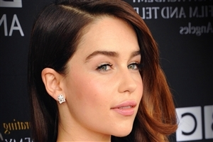 Emilia Clarke English Hollywood Actress HD Wallpapers