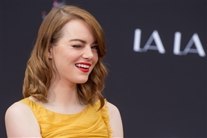 Emma Stone Blink Eye 4K Wallpapers