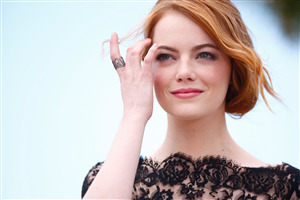 Emma Stone Cute Face of Celebs Pic