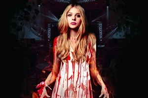 Actres Chloe Moretz in 2014 Upcoming Hollywood Film Carrie Wallpaper