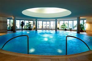 Big Indoor Pool Wallpaper