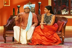 Deepika in Comedy Nights with Kapil for Promotion of Movie Wallpaper