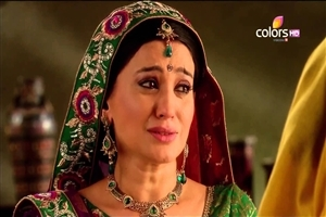 Smita Bansal as a Sumitra in Hindi TV Serial Balika Vadhu on Colors