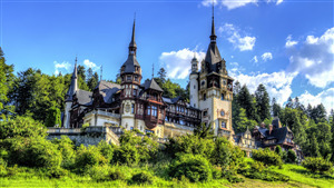 Peles Castle in Sinaia Romania 4K Wallpapers