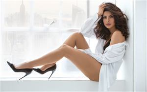 Beautiful Priyanka Chopra Actress Wallpaper