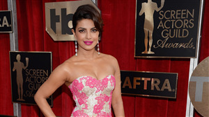Famous Indian Actress Priyanka Chopra Wallpaper