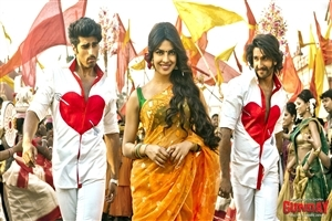 Priyanka Chopra and Ranveer Singh in 2014 Hindi Bollywood Movie Wallpaper