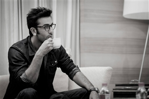 Ranbir Kapoor Drinking Tea Photo
