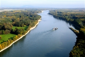 Danube Beautiful River in Europe HD Image
