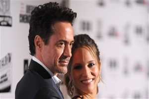 Robert Downey with Wife Photo