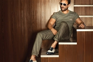Actor Saif Ali Khan HD Photo Background