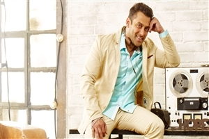 Bollywood Actor Salman Khan Wallpaper