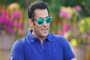 Salman Khan in Sunglass Photo