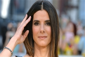 Hollywood Film Celebrity Sandra Bullock Wallpaper