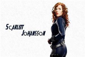Cute Actress Scarlett Johansson in Avengers Movie