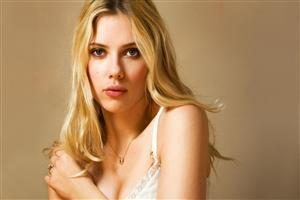 New Wallpaper of Hollywood Celebrity Scarlett Johansson