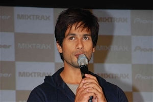 Shahid Kapoor Bollywood Actor HD Wallpaper
